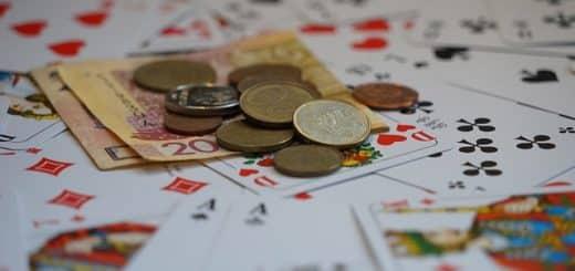 Poker : Cash Game OU Tournoi ?