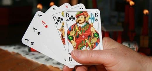 Top 10 des Meilleures Stratégies au Poker en Partie Libre