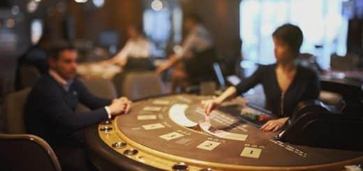 Comment Jouer Avant le Flop au Poker