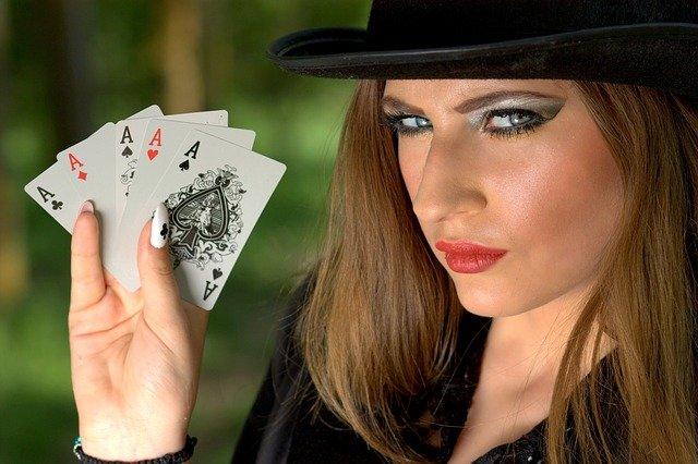 Probabilités et Statistiques Au Poker