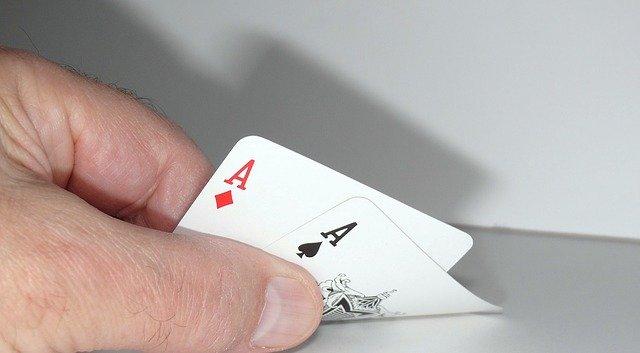 Stratégie au Poker Texas Hold'em : La Technique Parfaite pour Débutants