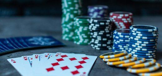 Comment Distribuer Les Jetons au Poker ?